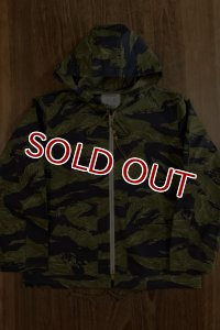 THE REAL McCOY'S TIGER CAMOUFLAGE PARKA / PURPLE FADE MJ19011